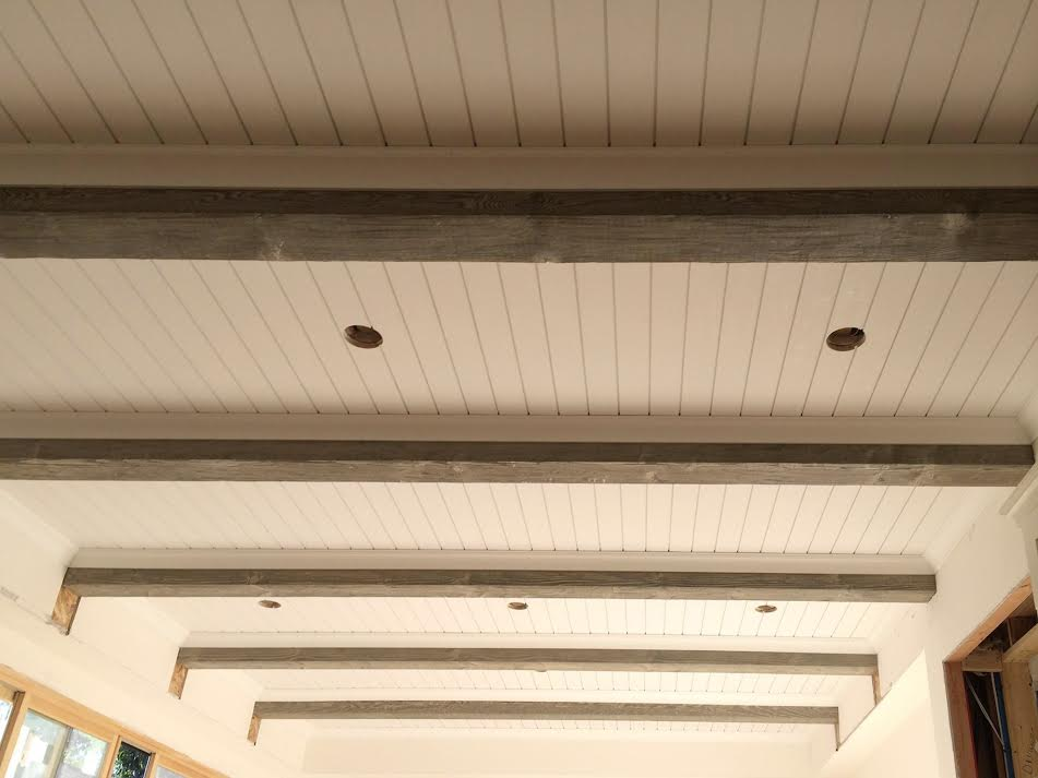 Shiplap With Natural Beams Ceiling