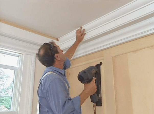 Installing Classical Colonial Cornice Windsorone